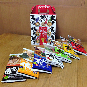 マルタイラーメン九州を食す 03 7色入り.jpg