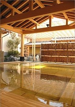温泉の浴槽01.jpg